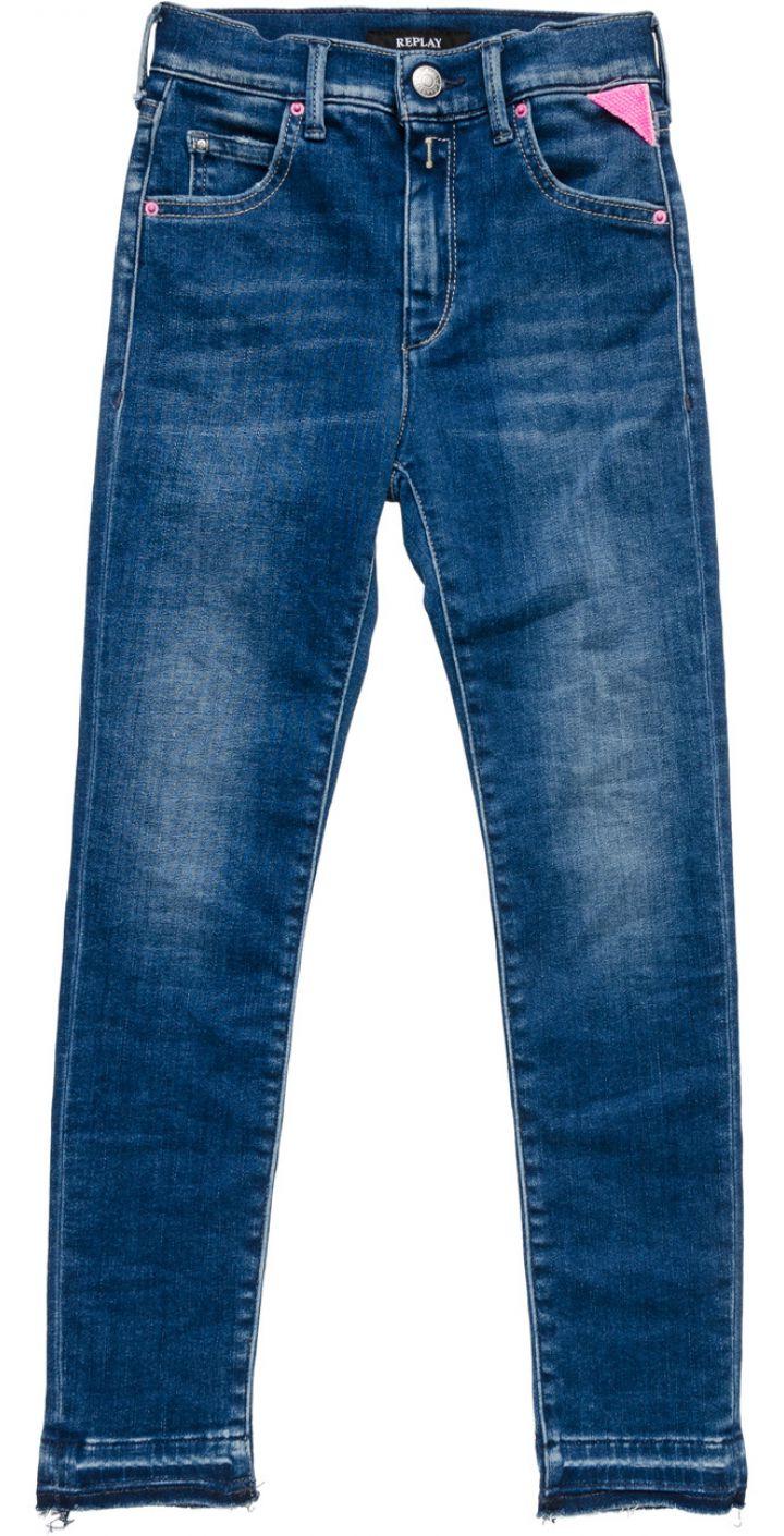ג'ינס עם שפשופים ילדים