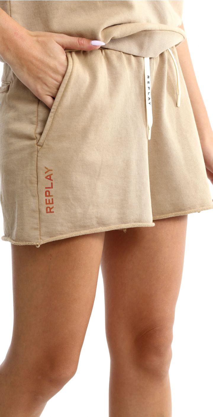 מכנסיים קצרים לוגו קטן נשים