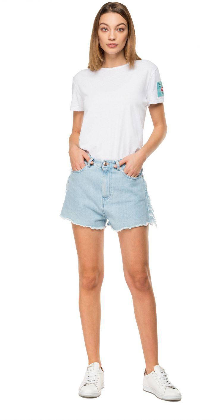 ג'ינס קצר גבוה נשים