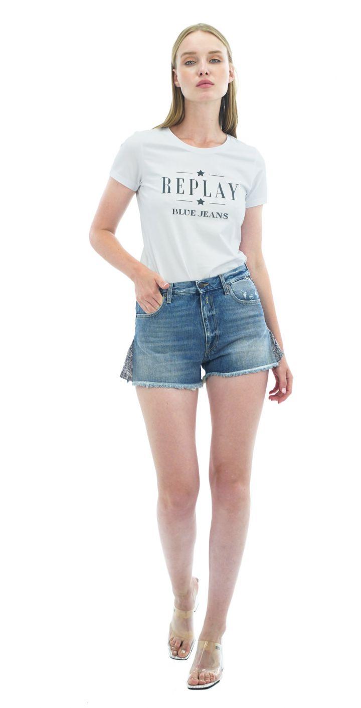 שורט ג'ינס קצר קרעים בקצוות נשים